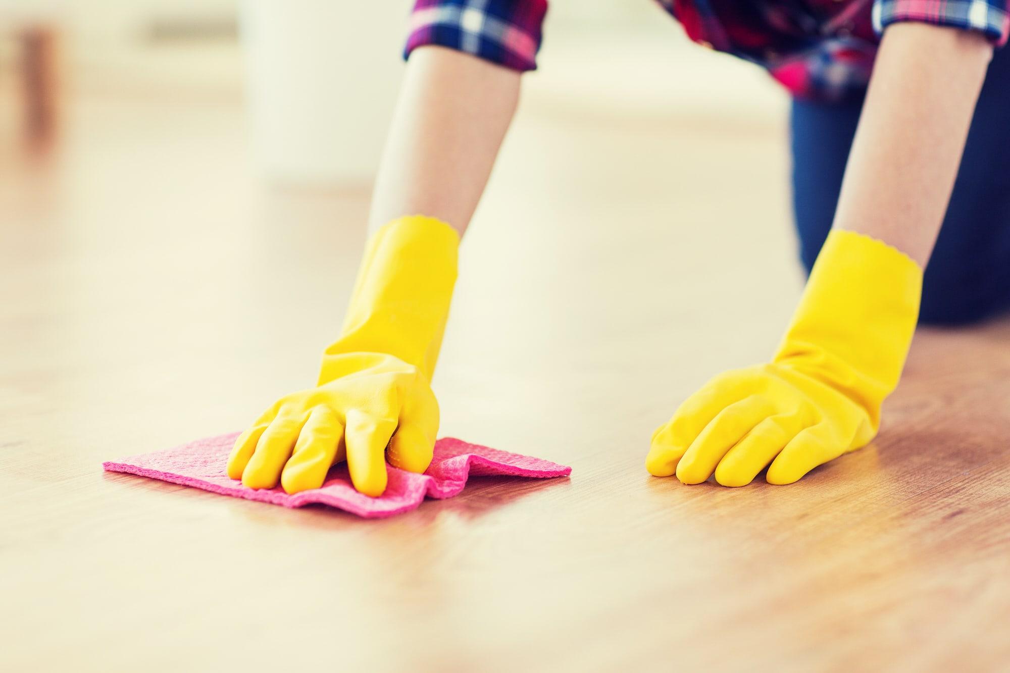 katzenurin entfernen das hilft gegen geruch und flecken smart animals. Black Bedroom Furniture Sets. Home Design Ideas